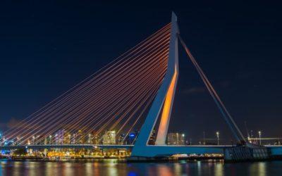 Vele gemeenten verspreid over Nederland oranje uitgelicht