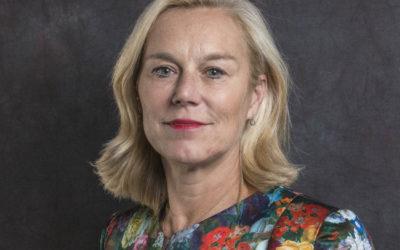Minister Kaag laat het Binnenhof oranje oplichten