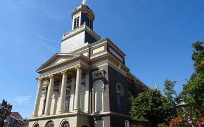 Leidse Hartebrugkerk wordt oranje