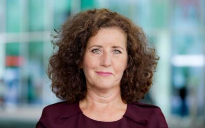 Minister Ingrid van Engelshoven zegt deelname aan Orange the World toe